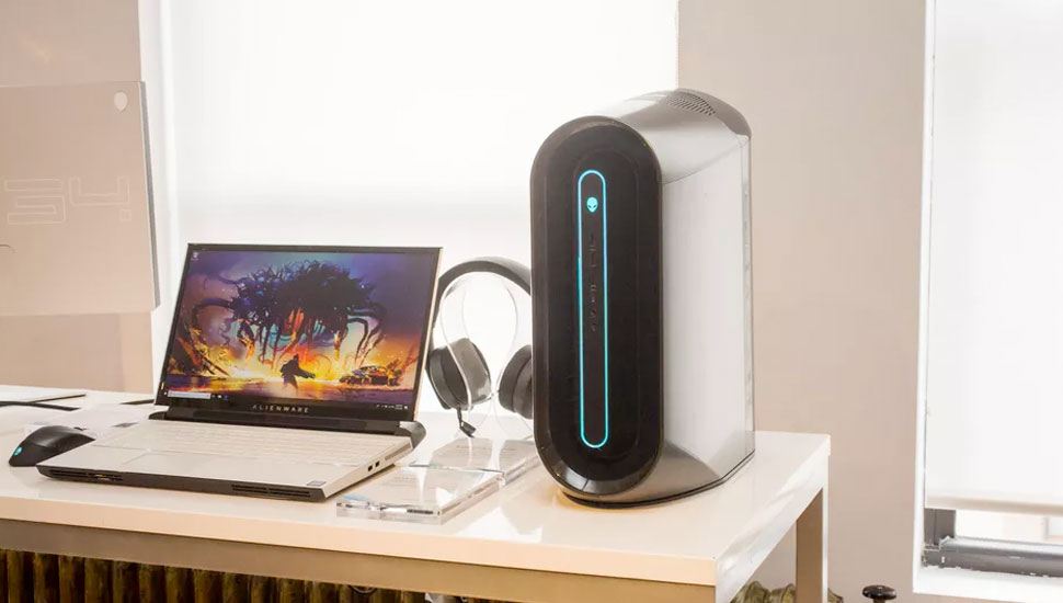 Alienware Aurora R10 An Ultra Efficient Gaming PC | Top Gaming PCs & Desktops All Canadian Gamers Should Own