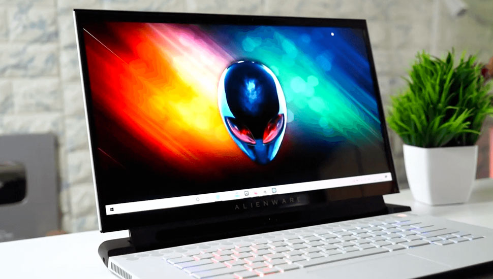 Alienware m15 R3 | Top Gaming Laptops To Game On The Go